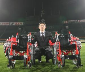 車椅子寄贈式